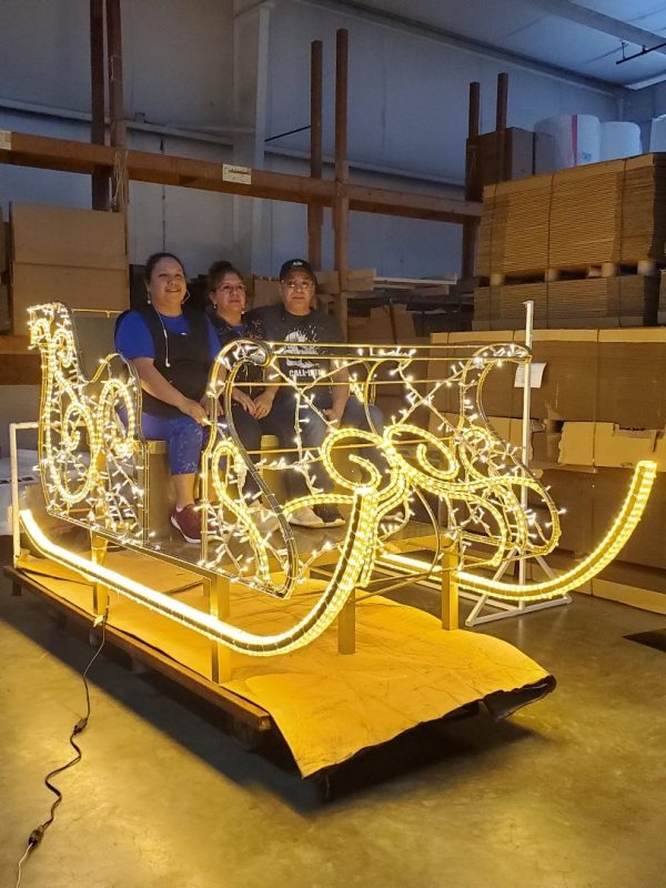 Interactive Sleigh in Lights with People