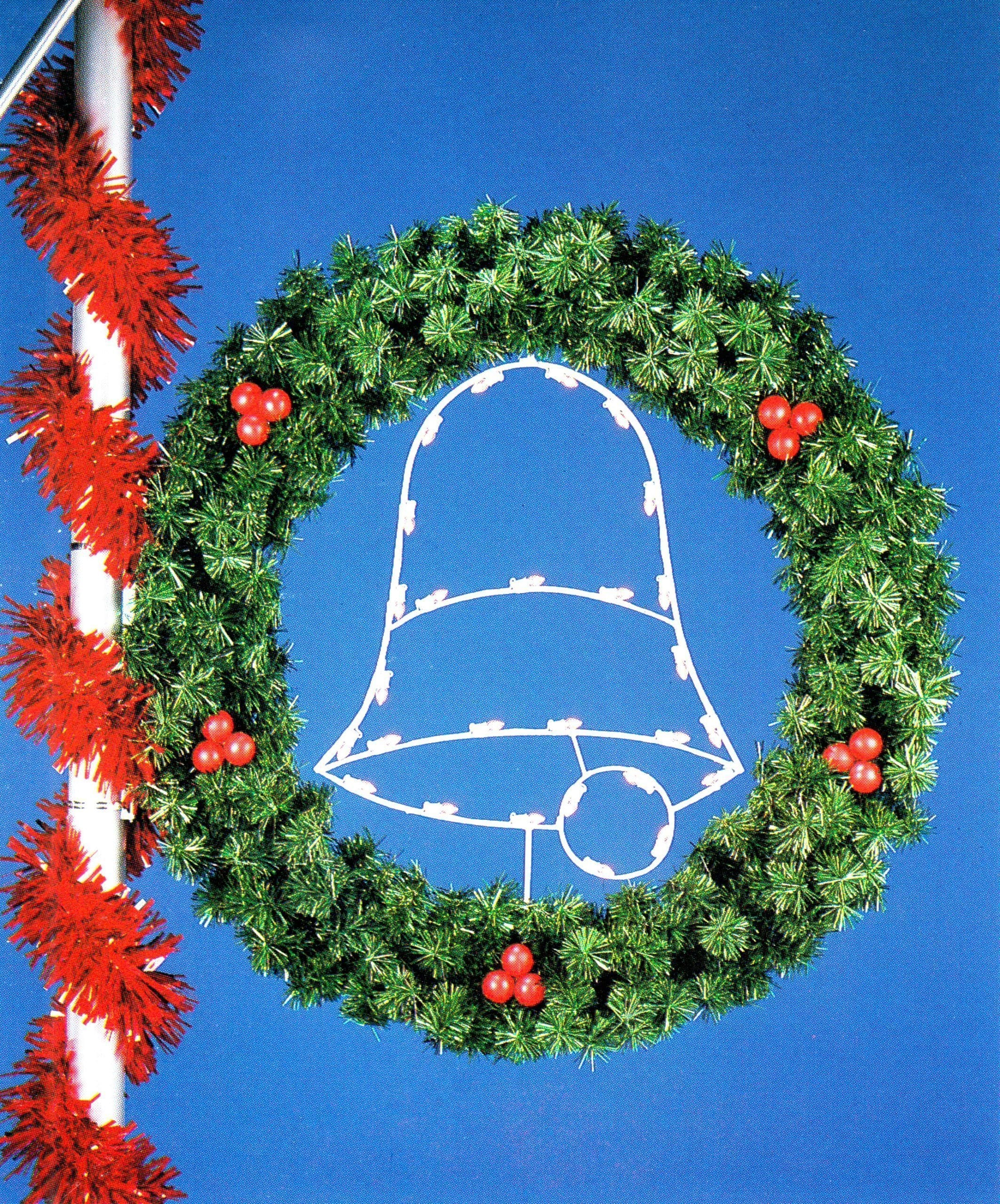 P-384 Silhouette Bell Wreath